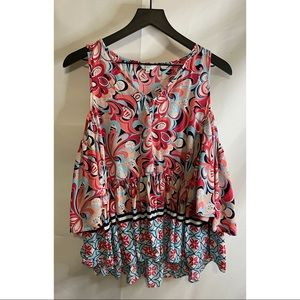 Crown & Ivy Cold Shoulder Ruffle Top Size L